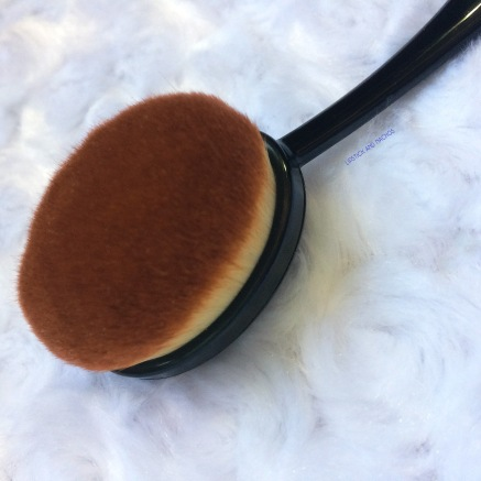 boxycharm crown brush detail copy