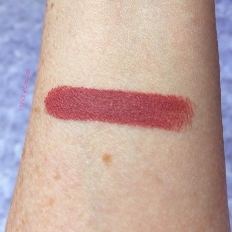 ipsy mellow lipstick swatch