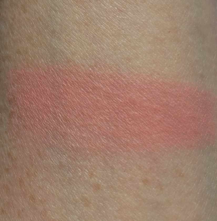 glossybox july 2017 doucce blush swatch