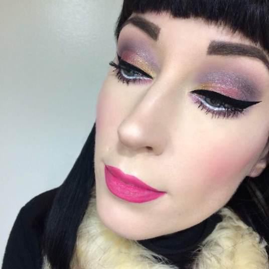 Ipsy Glam Bag Plus Smashbox Glitter on Eyes