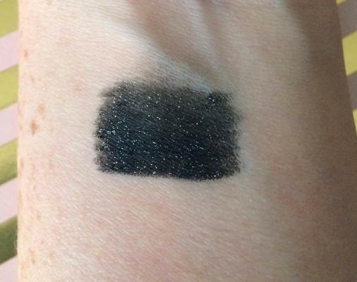 Boxycharm Goal Digger Jonteblu Glitter Star Eyeliner Swatch Lipstick and Nachos