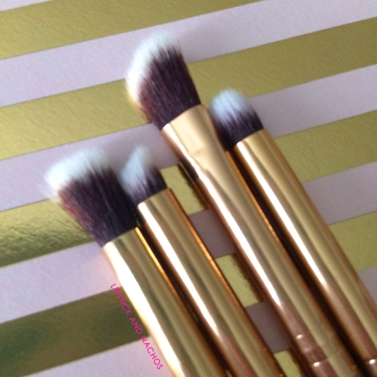 Boxycharm Goal Digger Luxie Gold Glitter Brushes 3 Lipstick and Nachos